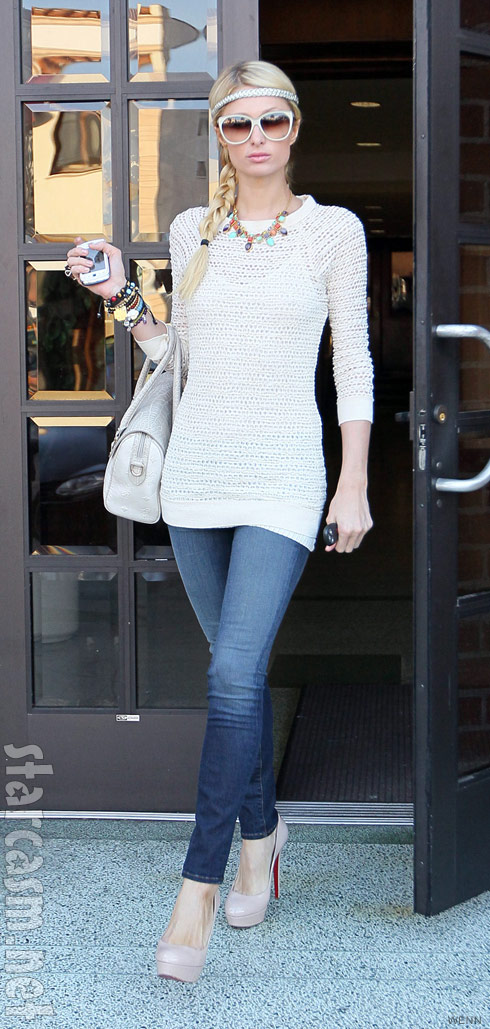 Paris Hilton walking in Beverly Hills after her return from Bali