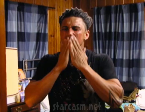 Pauly D suffers a tanning accident in Season 5 of Jersey Shore