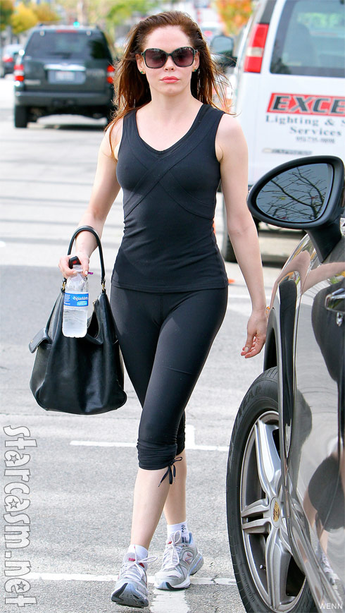Rose McGowan leaving the gym in sexy workout clothes