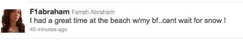 Click for Farrah's beach day tweet