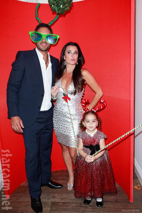 Mauricio Umansky, Kyle Richards and their daughter Portia Umansky