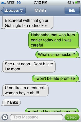 Jenelle Evans texts with her mom Barbara