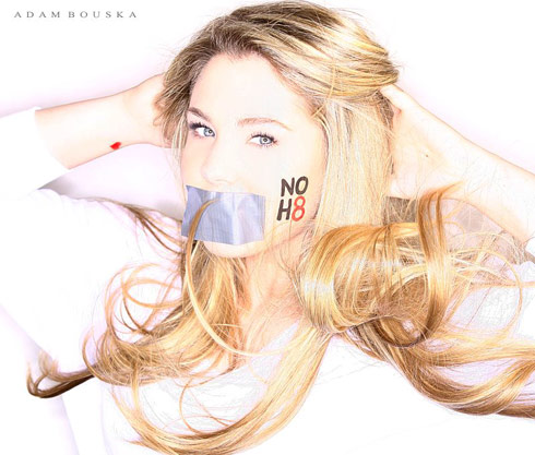 Kailyn Lowry NoH8 photo in support of gay and lesbian rights