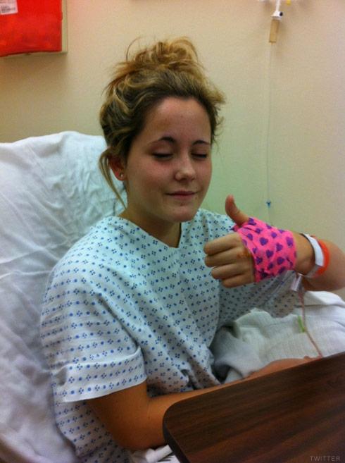 Jenelle Evans hospital surgery