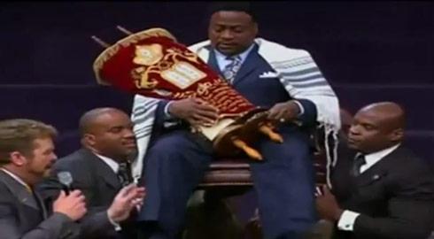 Bishop Eddie Long lifted up as a king
