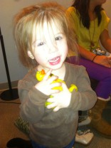 Chelsea Houska's daughter Aubree collecting Teen Mom Reunion Special rubber duckies