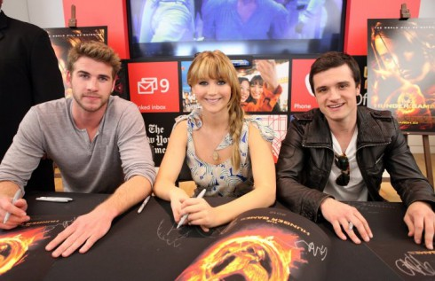 You have the chance to meet hunger games stars at your local mall liam hemsworth jennifer lawrence josh hutcherson m4hsunfo