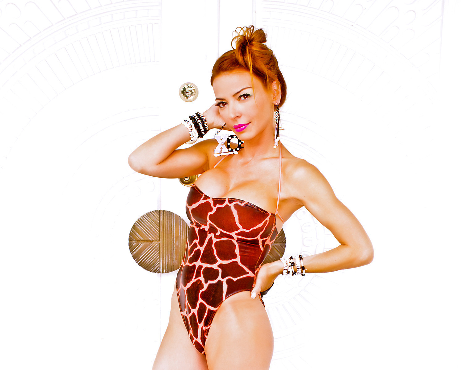 PHOTOS Drita D'Avanzo models new swimwear line for House of Jackie B - starcasm.net
