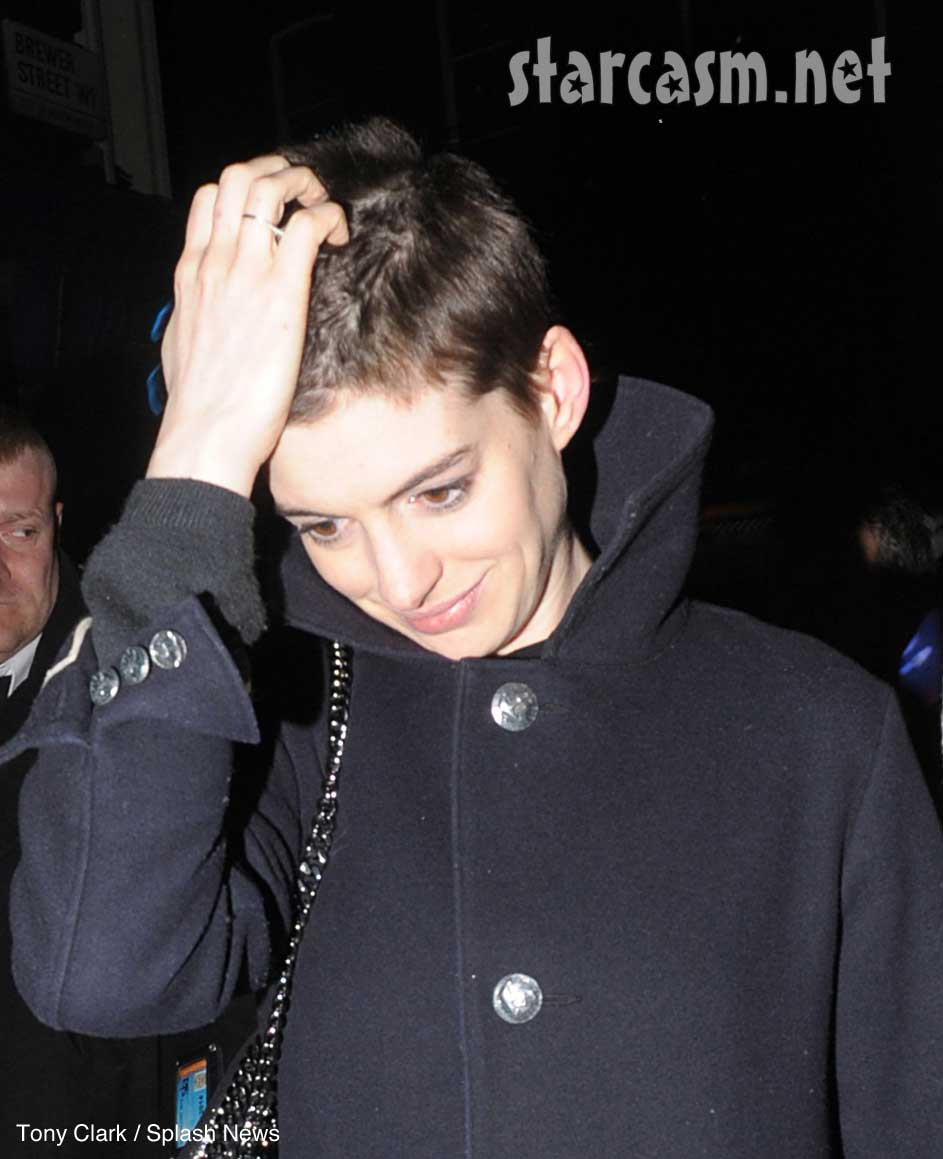 Anne Hathway short new hair photo