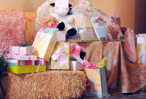 Jessica Simpson's Charlotte's Web themed baby shower