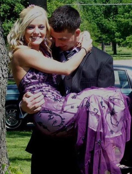 16 and Pregnant's Mackenzie Douthit going to prom with Josh McKee