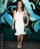 The Bachelorette Ashley Hebert at the Wines By Wives launch event May 8 2012