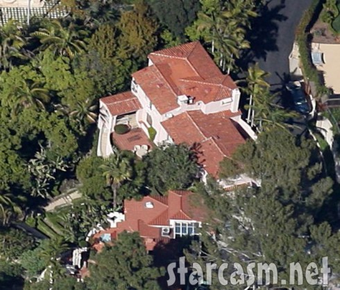 Barry Weiss house back view satellite aerial photo