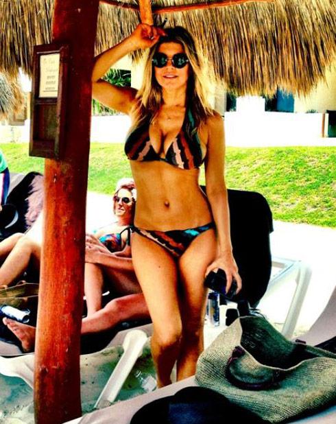 Black Eyed peas Fergie in a sexy bikini