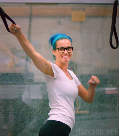 Katy Perry working out without any makeup