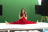 Kyle Richards does the splits in the 2012 Summer by Bravo commercial
