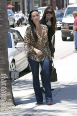 Kyle Richards prepares for Kyle by Alene Too opening in Beverly Hills