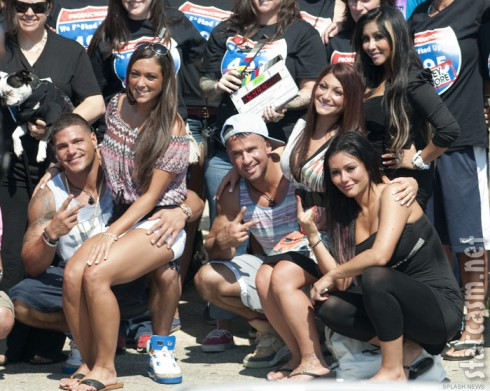 Jersey Shore cast and crew pose for photos on their last day of filming Season 6