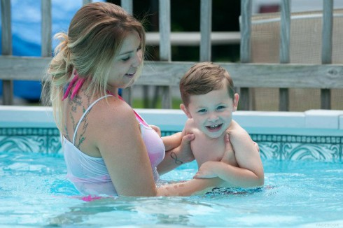 Kailyn Lowry and son Isaac July 2012