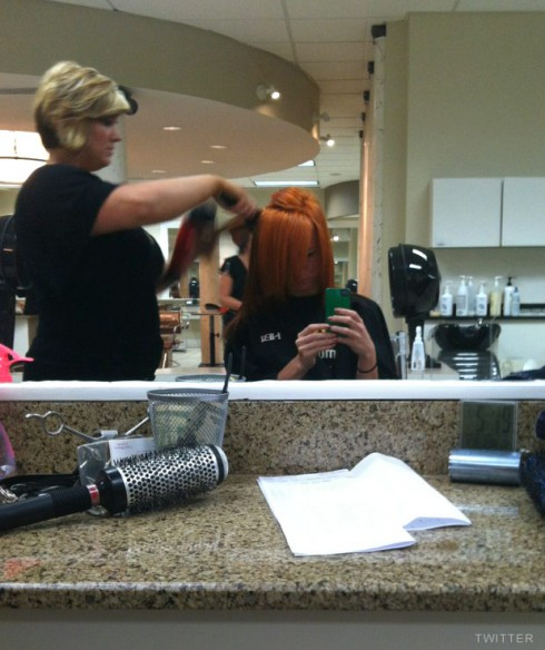 Maci Bookout in the salon getting her hair dyed red