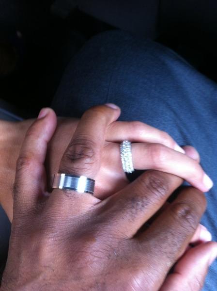 Photo of Tiki Barber Traci and wife Lynn Johnson's wedding rings