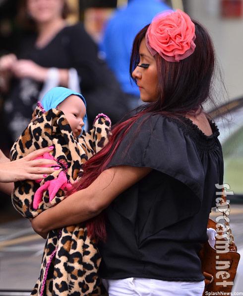"Nicole ""Snooki"" Polizzi and baby"