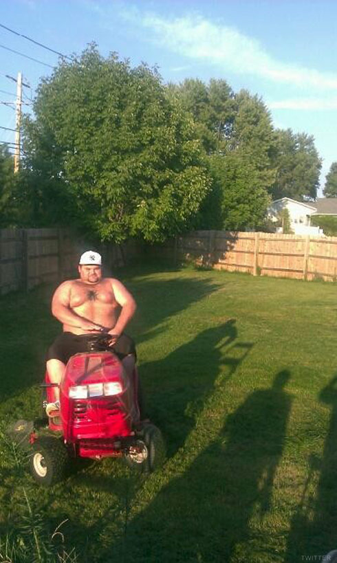 Teen Mom Amber Portwood's baby daddy Gary Shirley shirtless on a tractor