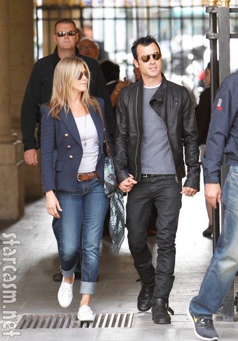 Justin Theroux and Jennifer Aniston on vacation together in Paris