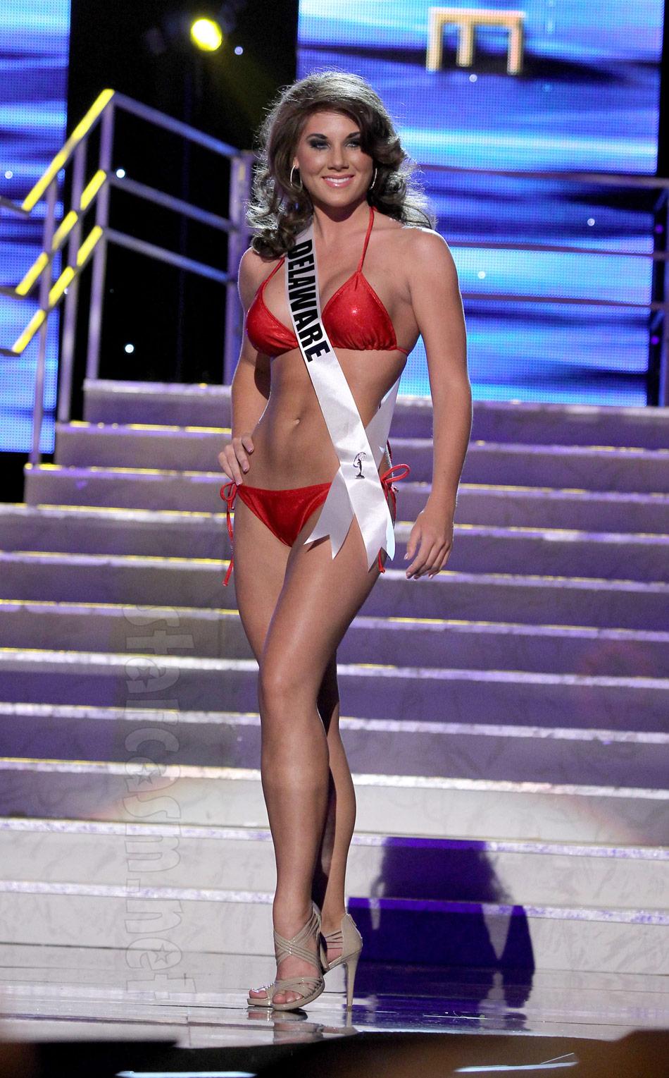 Katie from Survivor: Philippines beautiful in a bikini