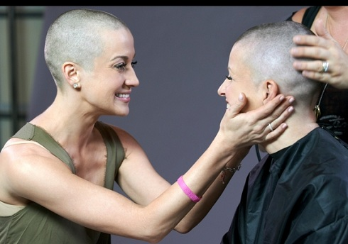 'American Idol' alum Kellie Pickler and friend Summer Holt Miller go bald for cancer awareness