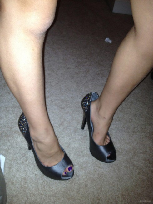 "Kate Gosselin Twitter photo of daughter Madelyn ""Mady"" in high heel shoes"