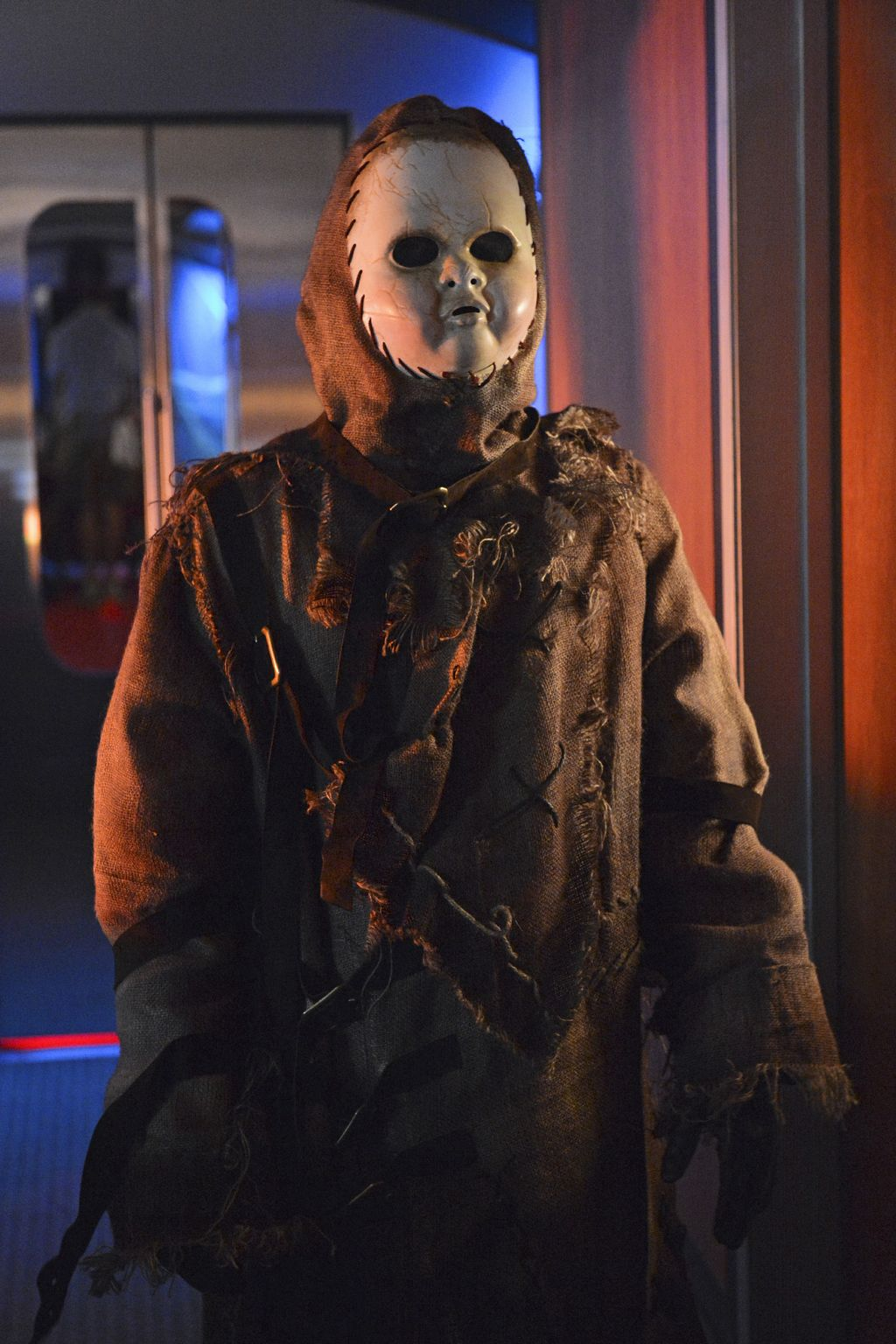 Pretty Little Liars Season 3 Halloween Special A doll costume & Pretty Little Liars Halloween episode photos and spoilers - starcasm.net