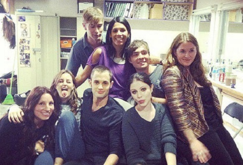 'Gossip Girl' cast poses together after wrapping