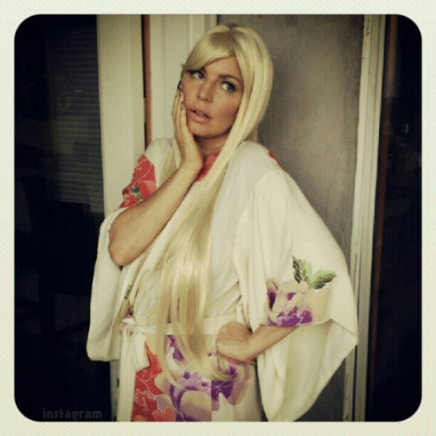 Fergie in a Lindsay Lohan Halloween costume