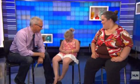 Alana Thompson aka Honey Boo Boo pretends to be asleep during Dr. Drew interview