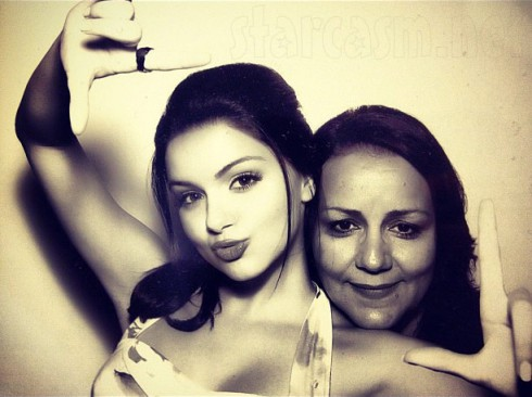 Modern Family's Ariel Winter and her mother Crystal Workman