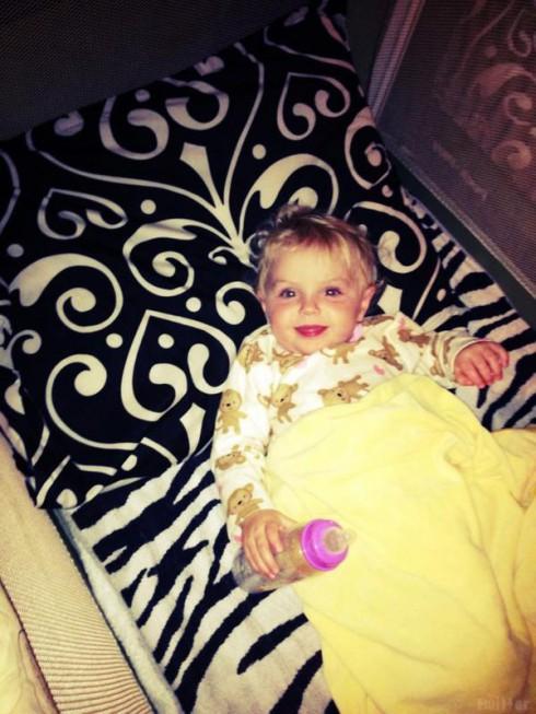 Jenelle Evans tweets a photo of Courtland Rogers' daughter Jordan