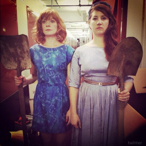 Storage Wars New York Candy Olsen and Courtney Wagner in an American Gothic parody