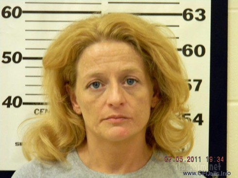 Alleged meth user Melissa Wolf mug shot photo from July 2011 arrest