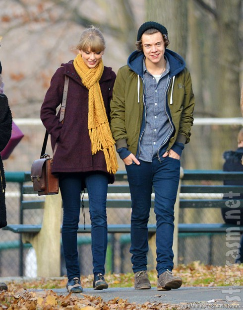 Taylor Swift and Harry Styles on a date at the Central Park Zoo