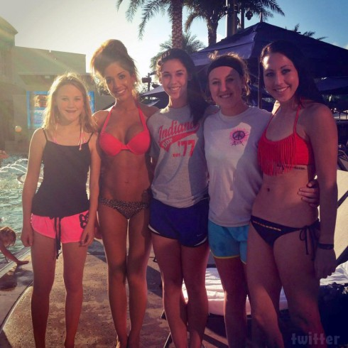 Frrah Abraham modeling a bikini with fans in Orlando in 2013