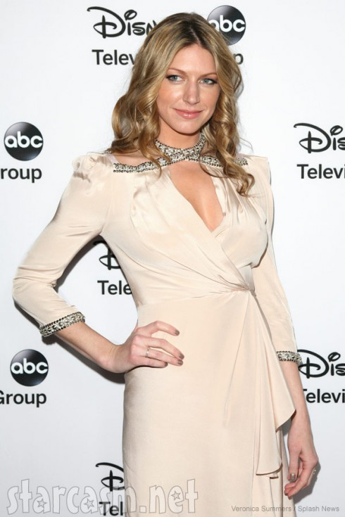 Jes Macallan not pregnant in January, 2013