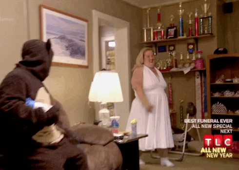Here Comes Honey Boo Boo Halloween special Mama June as Marilyn Monroe