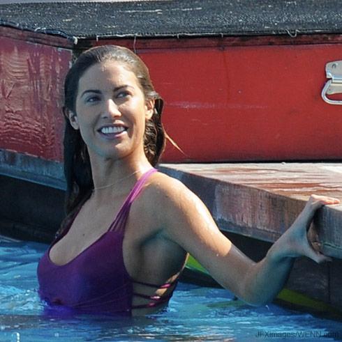 Katherine Webb practicing for Splash