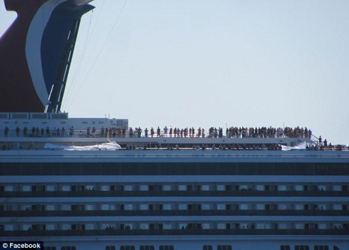 Cruise Ship Stranded in Gulf of Mexico