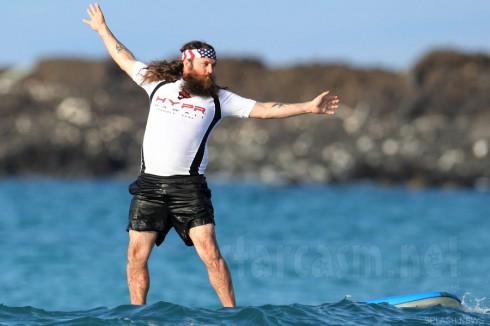 Duck Dynasty Willie Robertson surfing in Hawaii