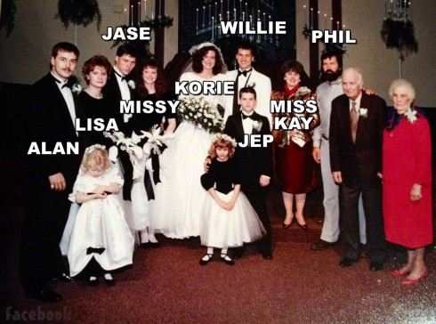 Duck Dynasty Willie and Korie Robertson wedding photo with the Robertson family labeled