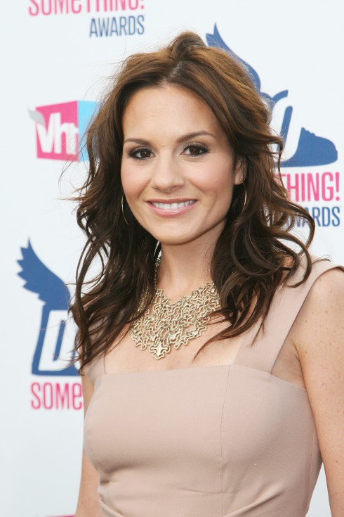 Kara DioGuardi attends the 2010 VH1 Do Something Awards at The Hollywood Palladium in Los Angeles, California