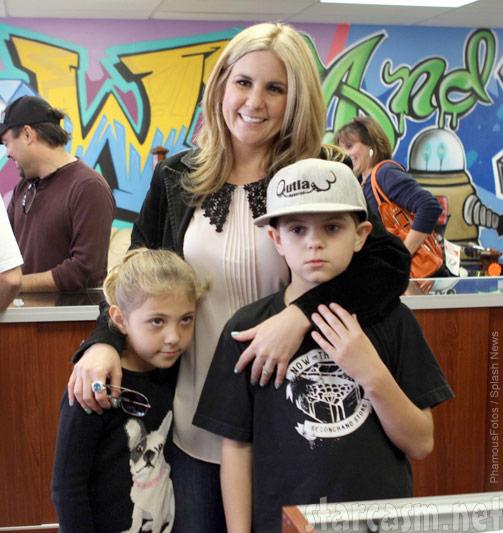Brandi Passante with her children, kids Payton and Camren