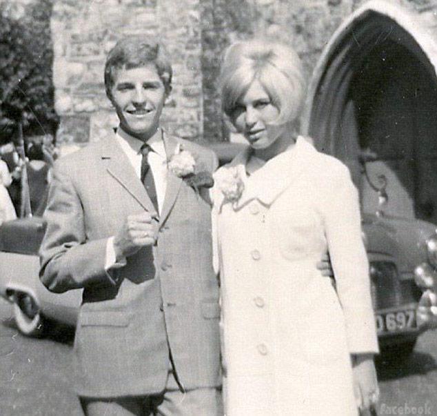 Ken todd lisa vanderpump wedding dress